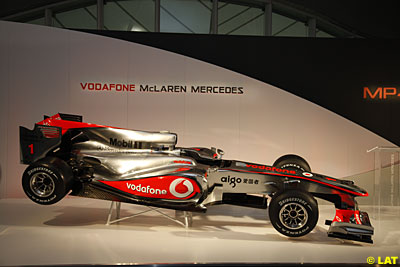 [F1] Team McLaren Mercedes Fanclub L__pg_8219-2